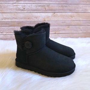 UGG Mini Bailey Button II Boots In Black